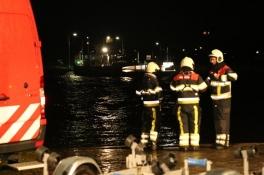 Vrouw verdronken in Maas bij Vierlingsbeek nadat auto te water raakte