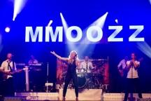 Kermis Mill: Optreden MmoozZ in de feesttent